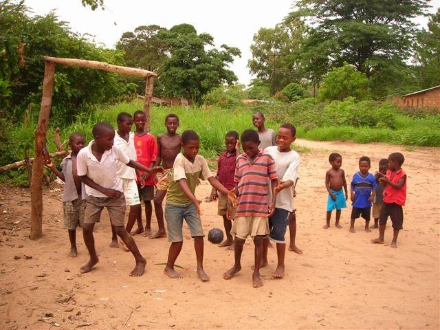 soccer-malawi-style